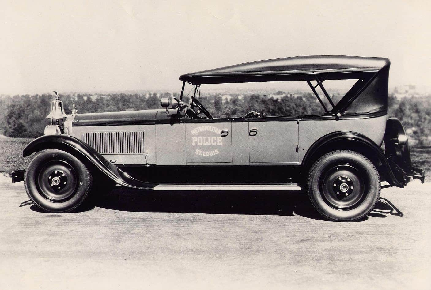 1920s Classic Cars So awesome! we can't be sure